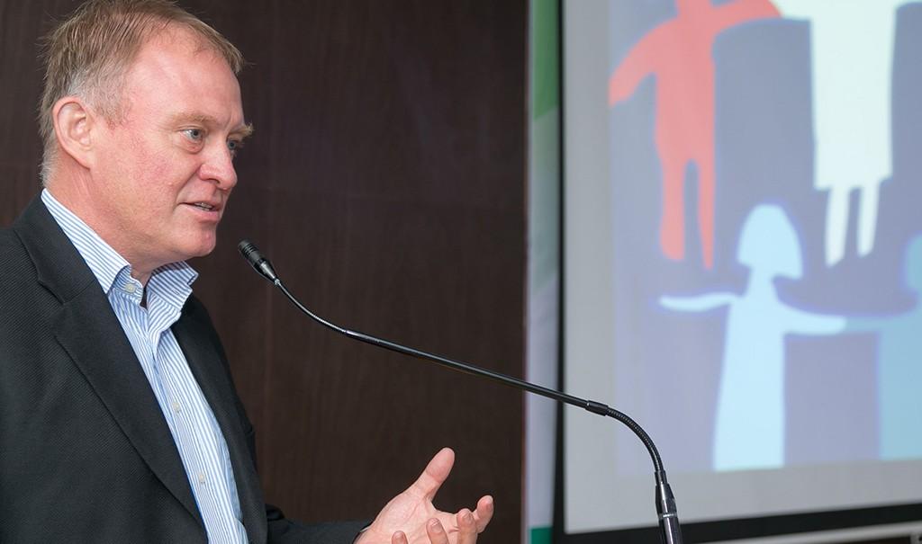 Konferenz-zu-kinderfreundlicher-Stadt-Martin-Kasper-20131007