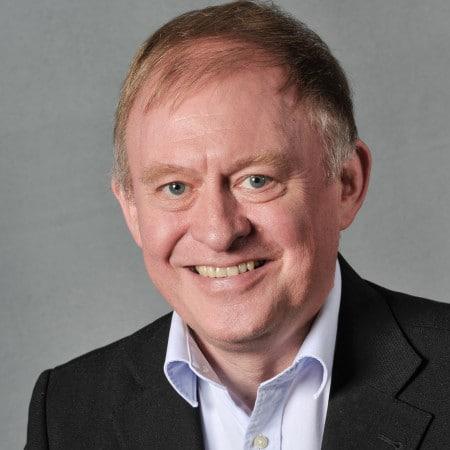 Dr.-Martin-Kasper-2014