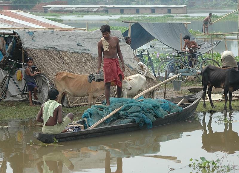 Folge sind Erosion und Überflutungen und eine Natur die zunehmend im Ungleichgewicht ist.