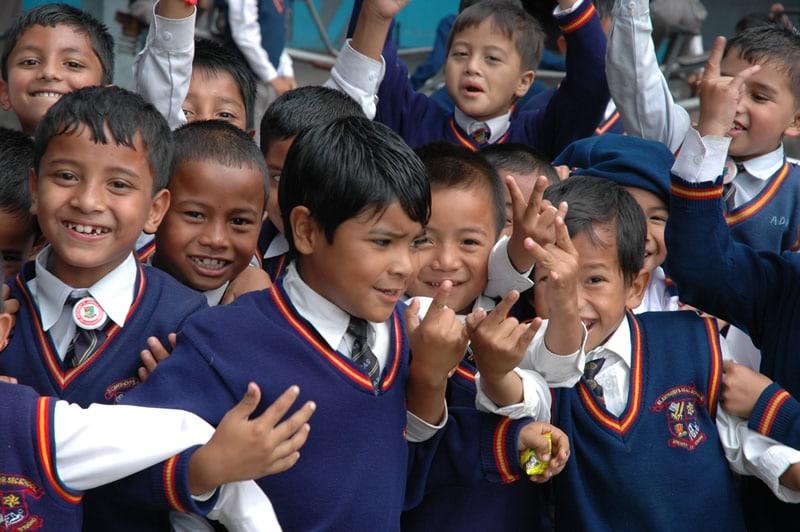 Unser Ziel ist es, eine neue Generation heranzubilden, die selbstbewusst und engagiert den Weg aus der Armut selber gehen kann.