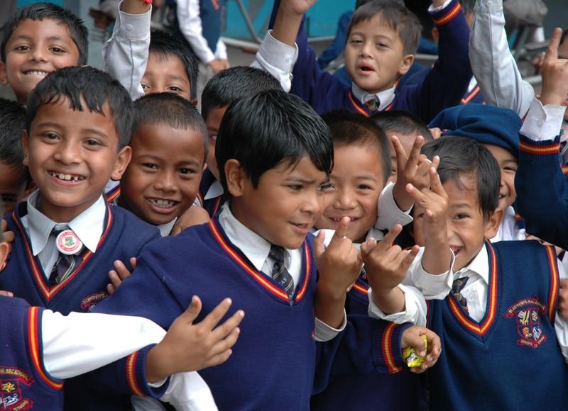 Diesen Kindern gilt unsere Hilfe. Wir geben ihnen Zugang zu Bildung und helfen Ihnen zu einem selbstbestimmten Leben in Würde.