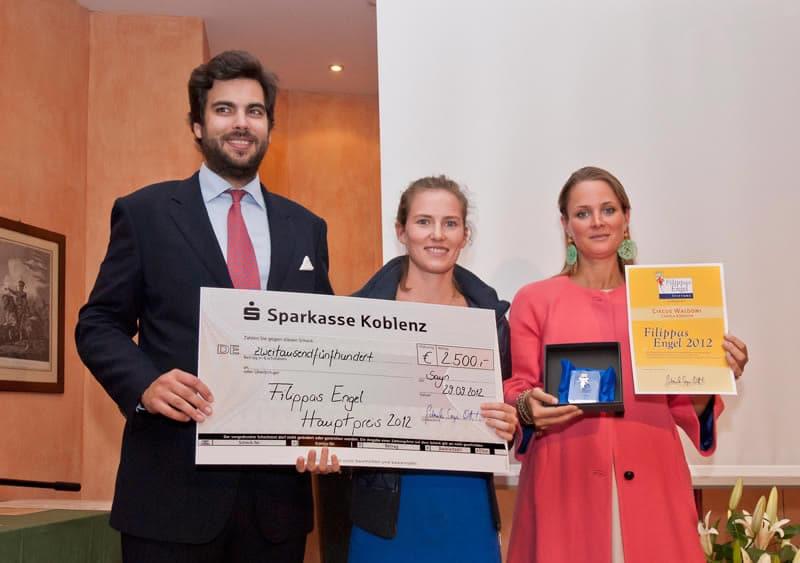 Unsere jungen Freiwilligen erhielten 2012 für den vorbildlichen Einsatz für die Straßenkinder die Auszeichnung Filippas Engel.