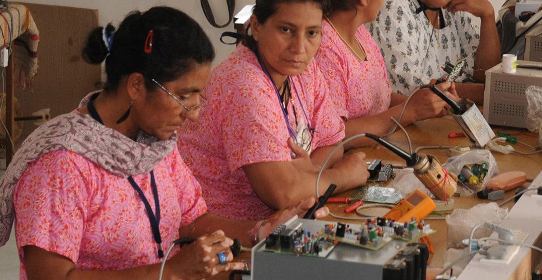 Solaringenieurinnen-Tiloni-Rajasthan-20140303