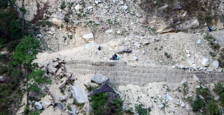 nepal-erdbeben-landrutsch