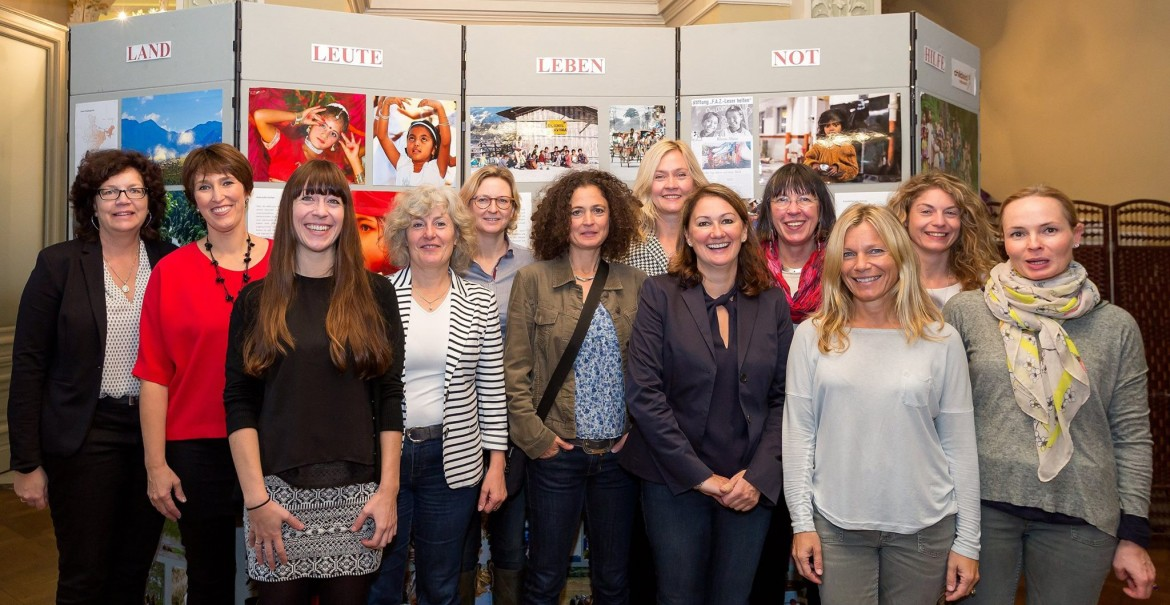 20151010-charity-shopping-wiesbaden