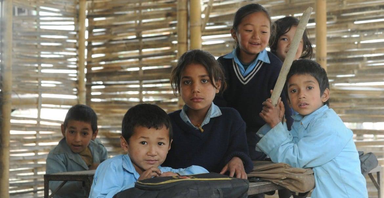 201512 nepal-bhandar-schulkinder