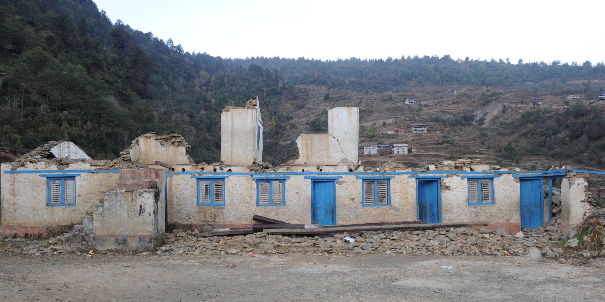 Beispiel für Wiederaufbau: Die Jalkali Schule in Tagam nach dem Erdbeben 2015...