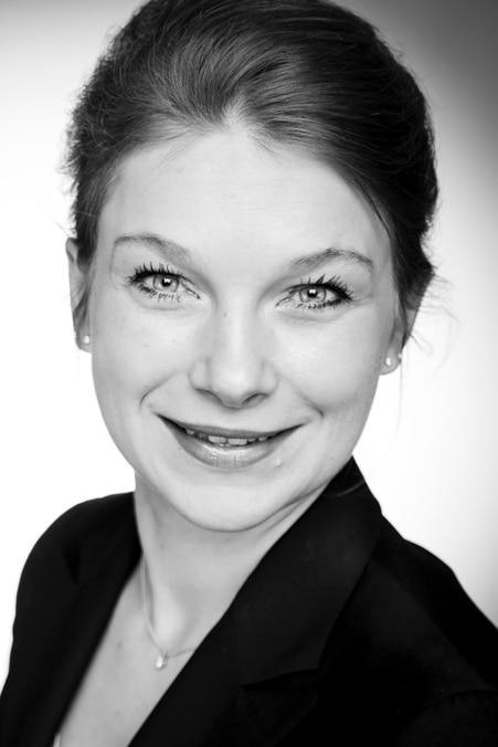 Dr. Stefanie Henkel