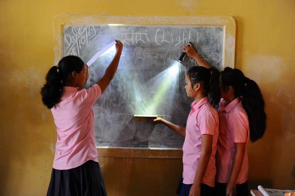 Lab in a Box Unterricht Assam