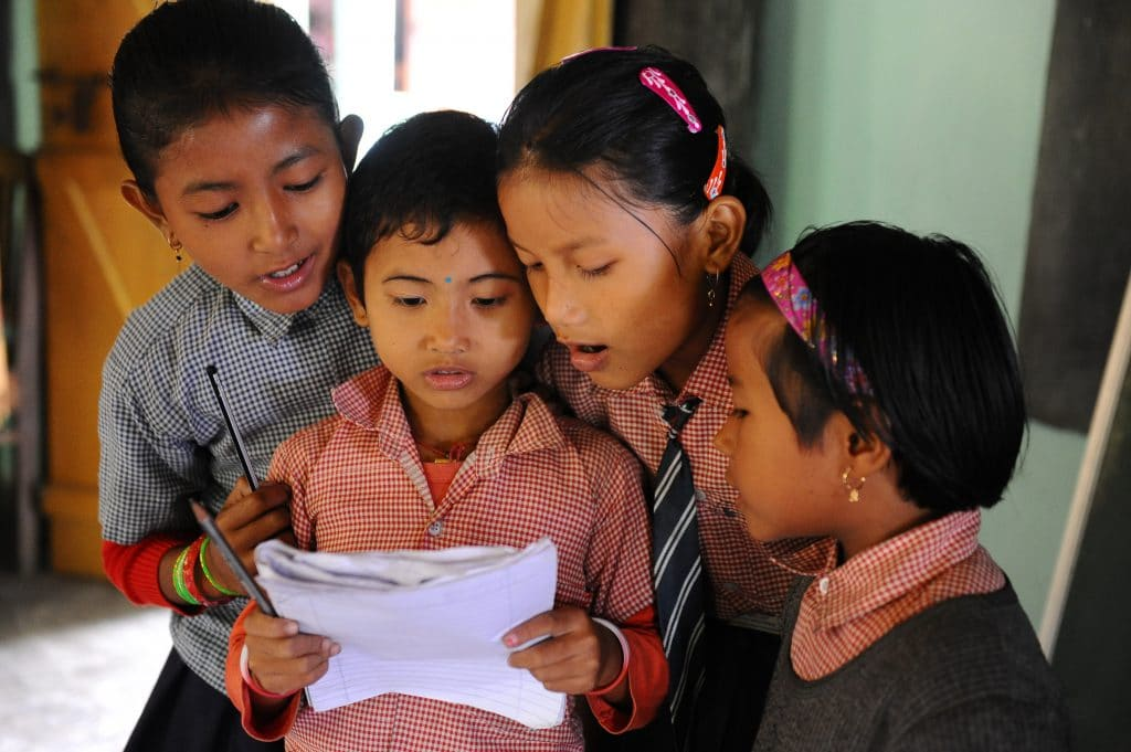 Schulprogramm verbessern den Lernerfolg der Kinder