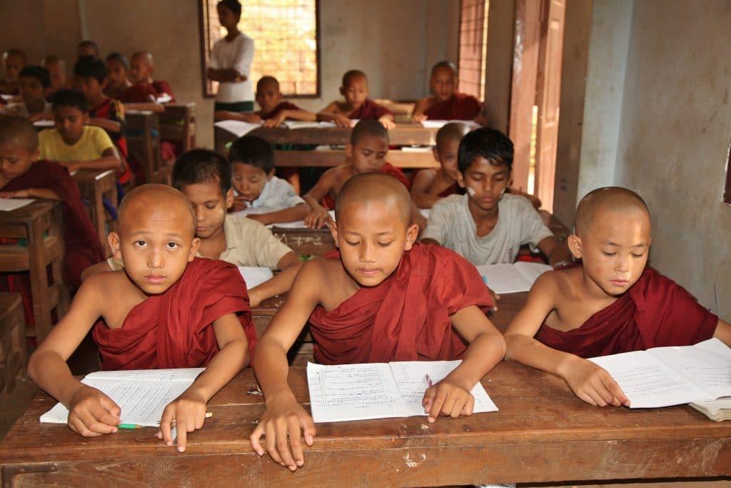 Schüler in Myanmar