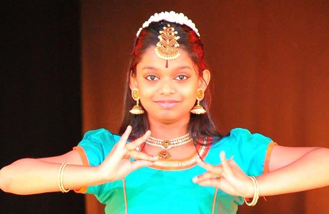 Junge indische Tänzerinnen zu Gast bei der #ChildaidNight